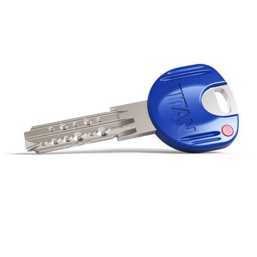 Titan Ucem K66 sleutel op code