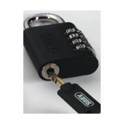 Abus 158KC 45 hangslot met override functie - In gebruik